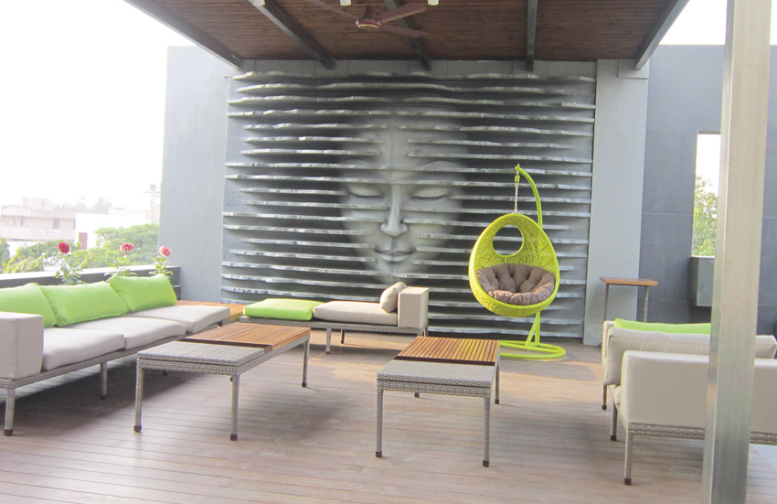 Outdoor Furnitures